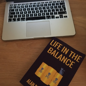 Life In The Balance Desk